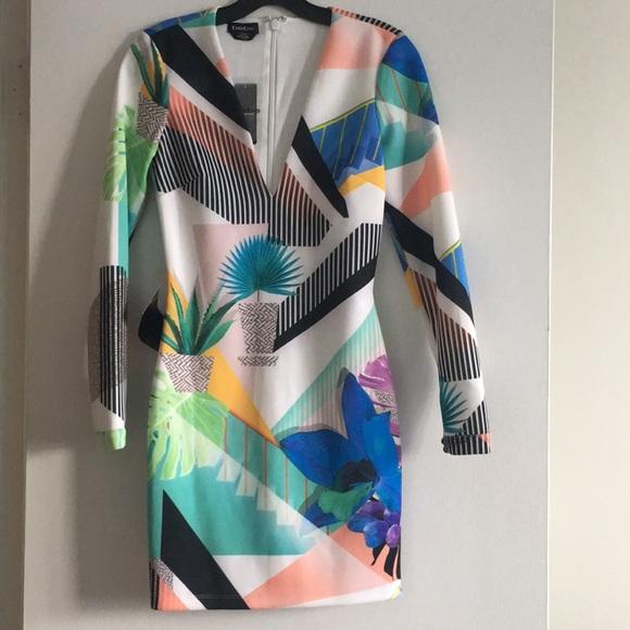 bebe Dresses & Skirts - Bebe V-Neck Dress- NEW 🔥